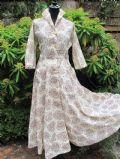1950's Sepia daisy print nylon dress